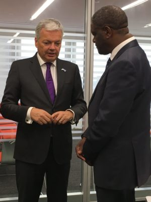 Dr. Denis Mukwege (right) meets with Belgium's Deputy Prime Minister and Minister of Foreign Affairs, Didier Reynders