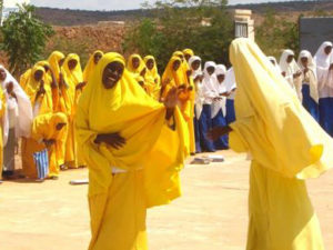 Hawa-Aden-Mohamed-and-Galkayo-Girls-in-Somalia