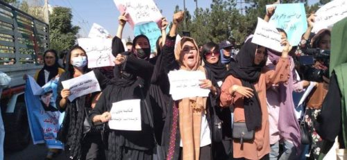 Afghan women protest the Taliban- no ownership or copyright shown